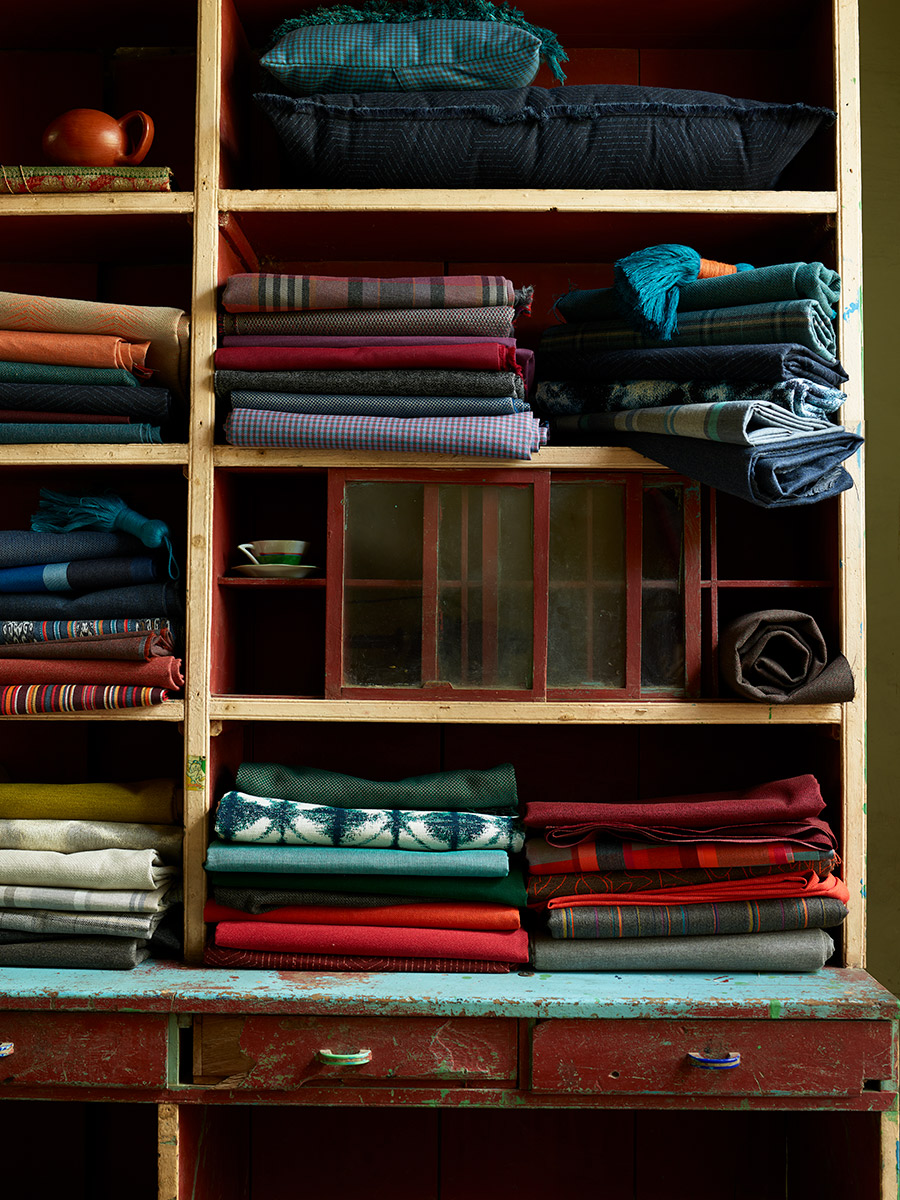 MEX_FABRIC_INDOOR_04_036_R_flt