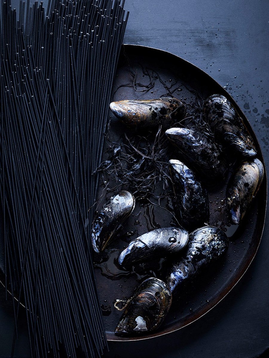 Squid_Ink_mussels_dana_gallagher0004-2